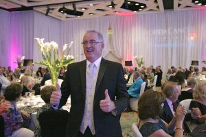scott-thumbs-up-close-2016-florida-cancer-specialists